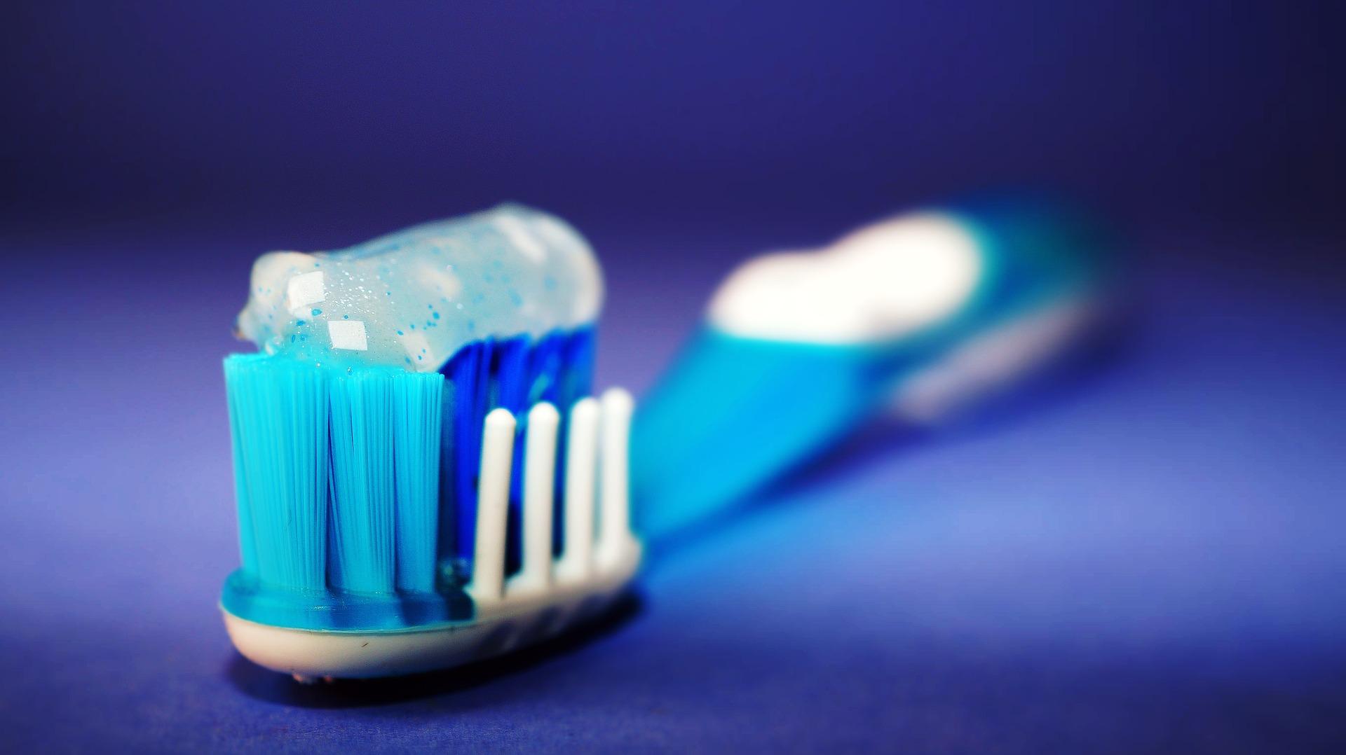 Cuida tu cepillo de dientes en época de COVID19
